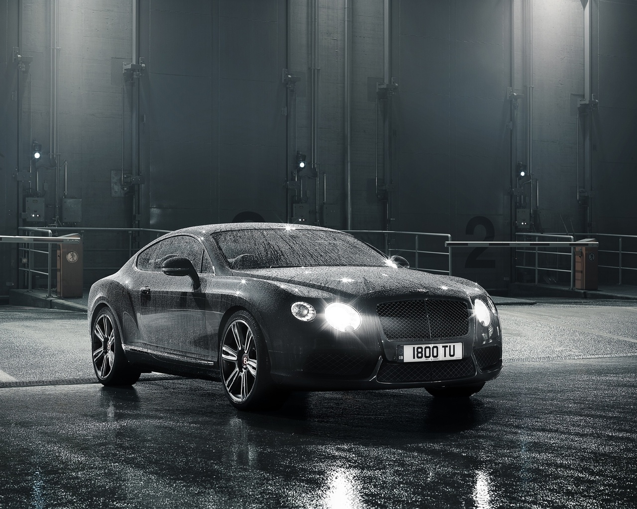 Картинка свет, вода, car, машина, 2156x1616, water, light, 2012 bentley continental gt v8